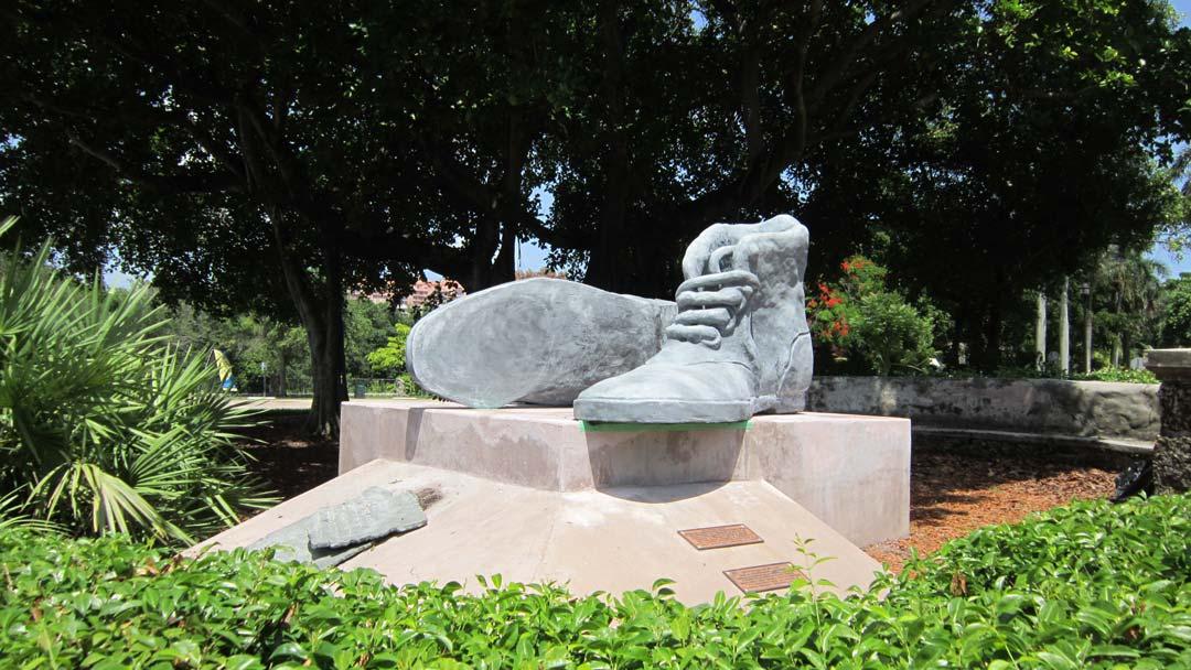 concrete sculpture restoration